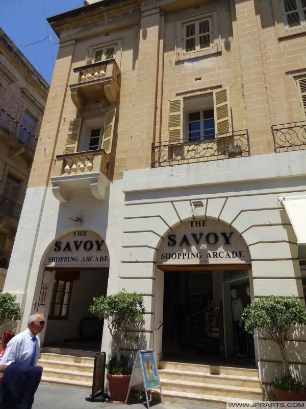 The Savoy Shopping Arcade (Valletta, Malta)