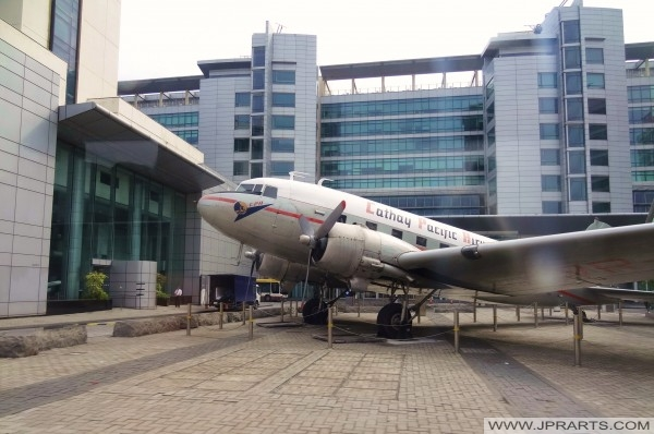 Cathay City in Hong Kong - Cathay Pacific Douglas DC-3 Niki