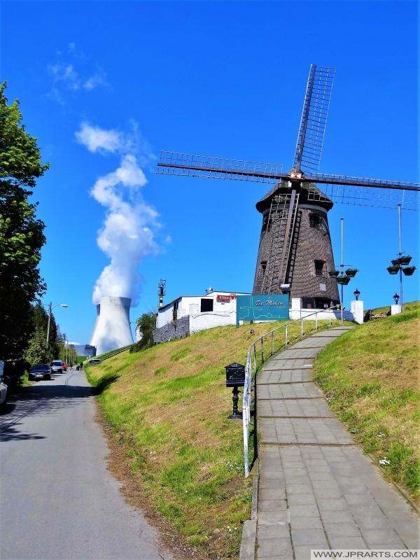 Brasserie De Molen en de Kerncentrale in Doel, Belgie