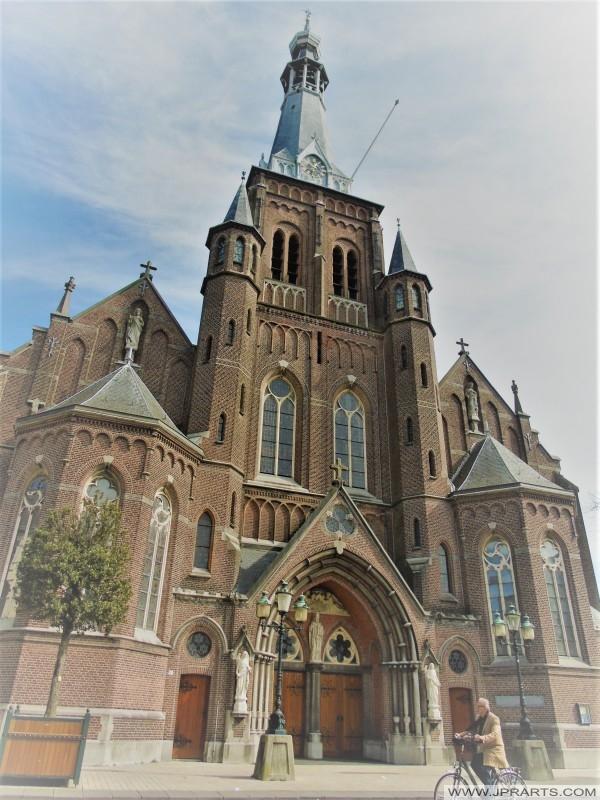 Sint-Dionysiuskerk in Tilburg, Nederland