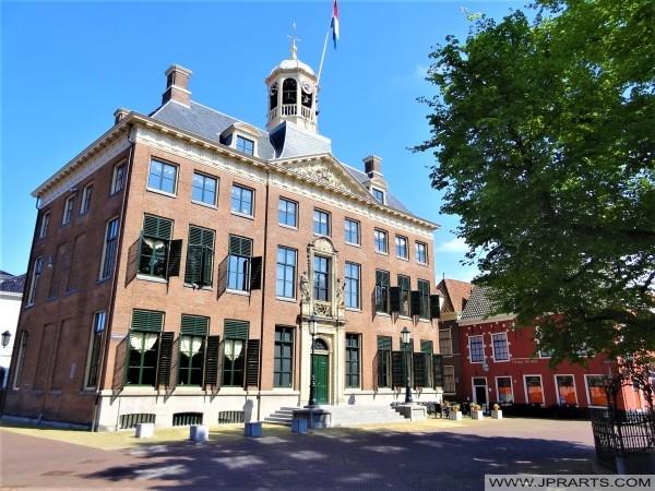 Stedhûs fan Ljouwert, Nederland