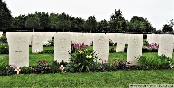 Britse Oorlogsbegraafplaats van Bayeux in Normandië, Frankrijk