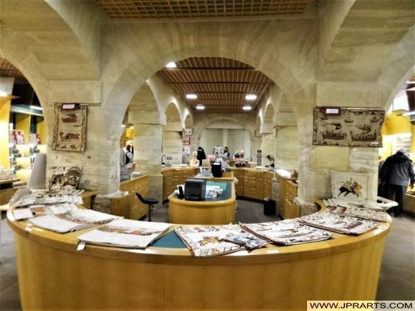Boutique de Souvenirs au Musée de la Tapisserie de Bayeux (Normandie, France)