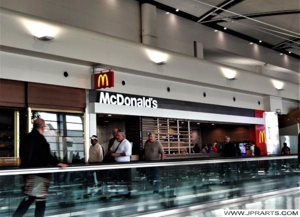 McDonalds at Detroit Airport (Michigan, USA)