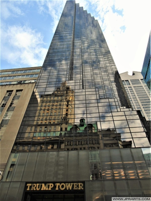 Trump Tower at Fifth Avenue (New York, USA)