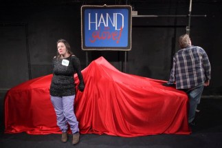 hand-in-glove-037