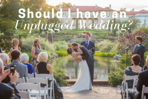 Should I have an Unplugged Wedding?