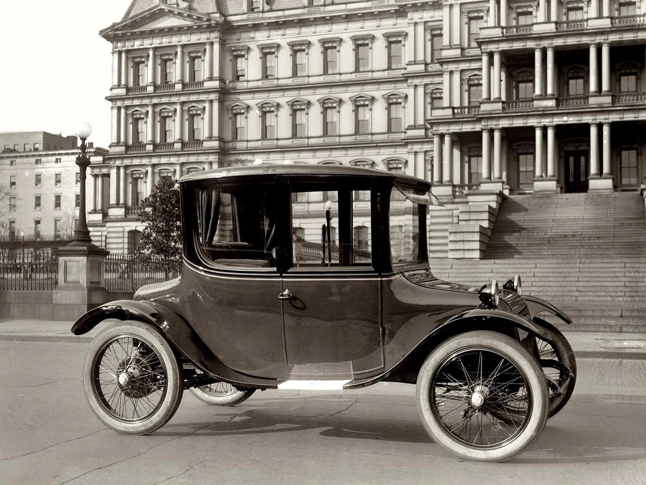 1921 Detroit Electric Coupe