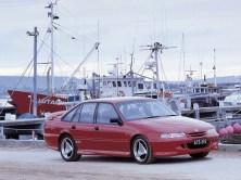 1995 HSV GTS VS