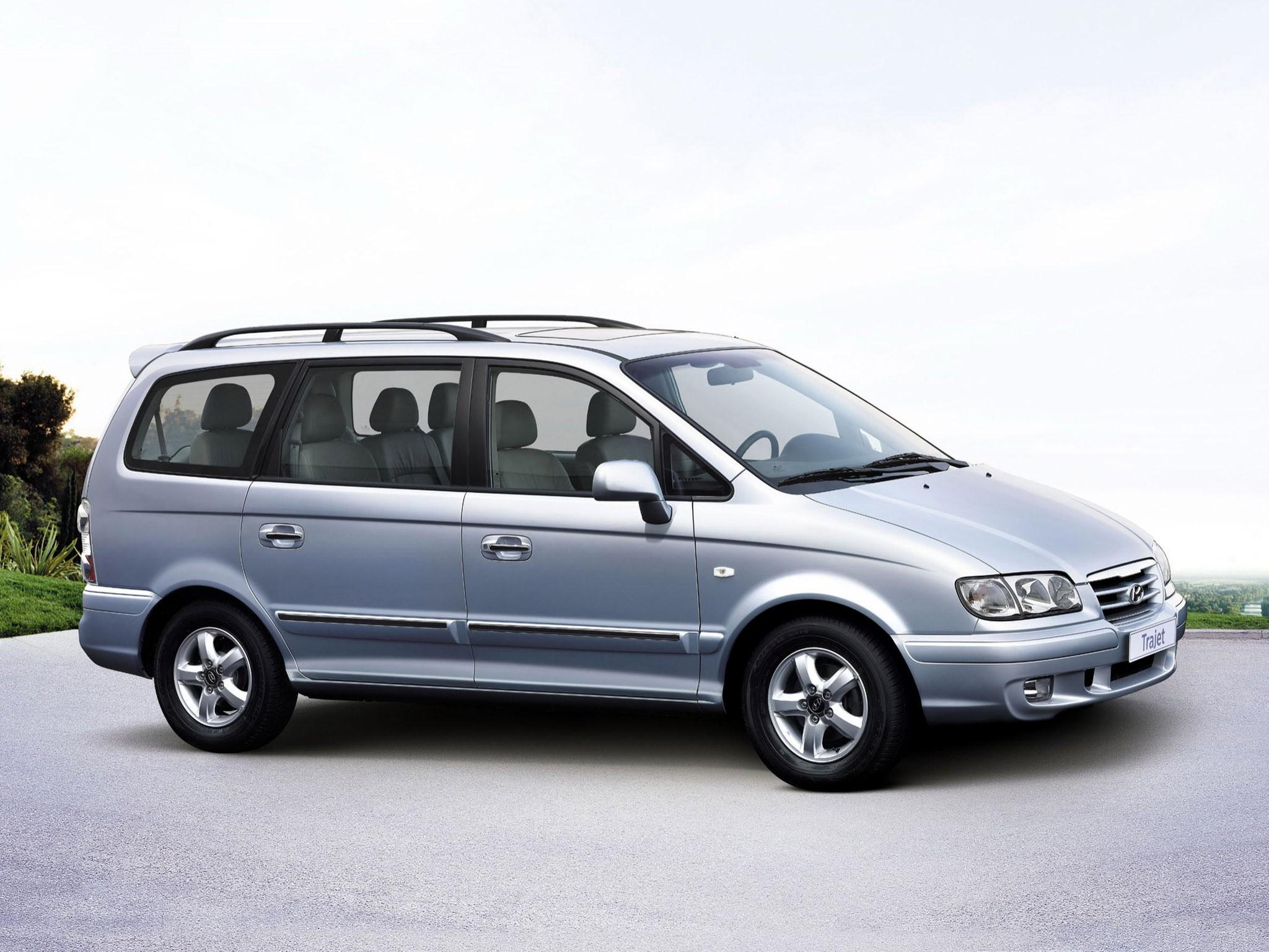 2005 Hyundai Trajet