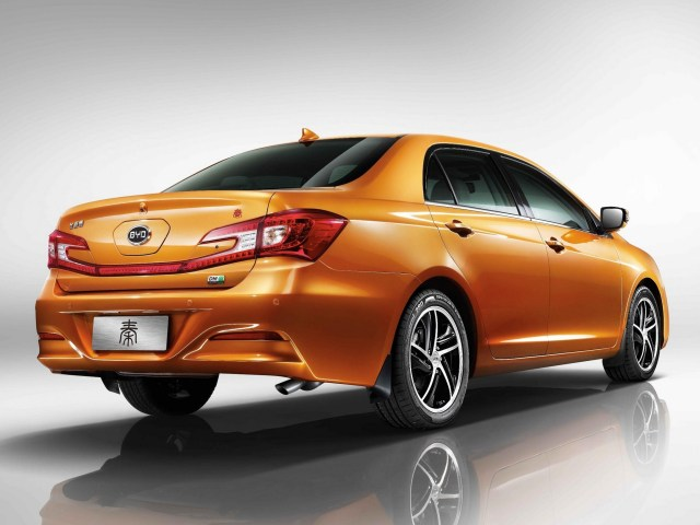 2014 Byd Auto Qin Hybride Rechargeable