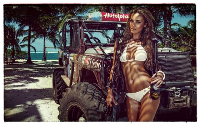 2015 Calendrier Miss Tuning Fevrier