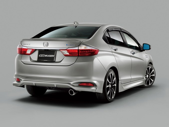 2015 Mugen Honda Grace Hybrid