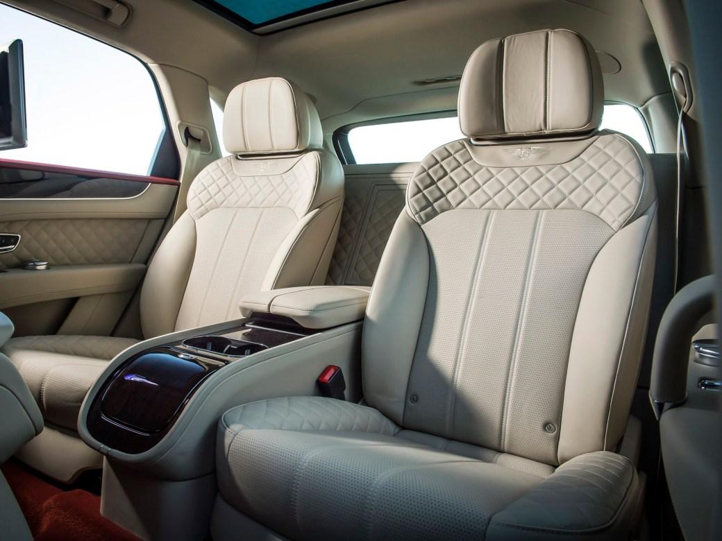 Bentley Bentayga 2016 [04]