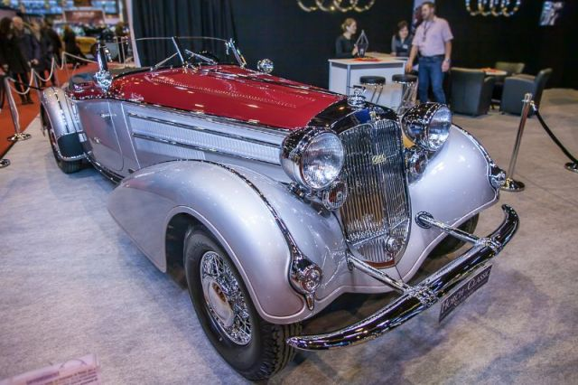Horch 853 Special Roadster - Horch Classics stand