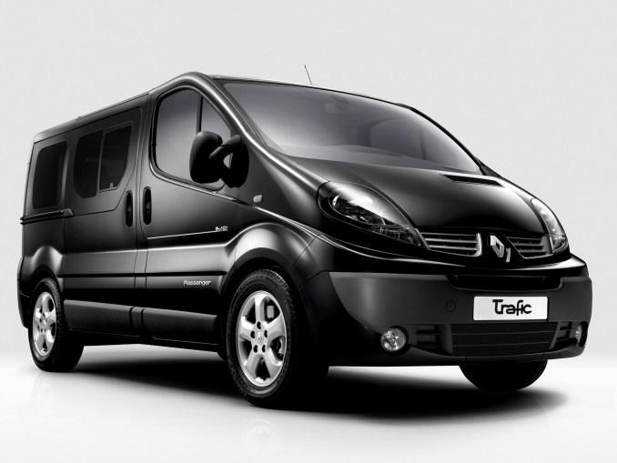 2012 RenaultTrafic Black Edition