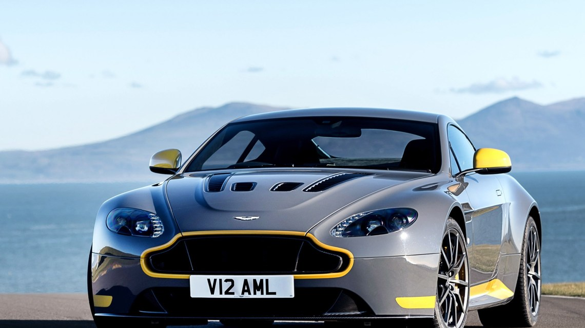 Aston Martin V12 Vantage S 2016 sera en boîte manuelle: Info et Photos