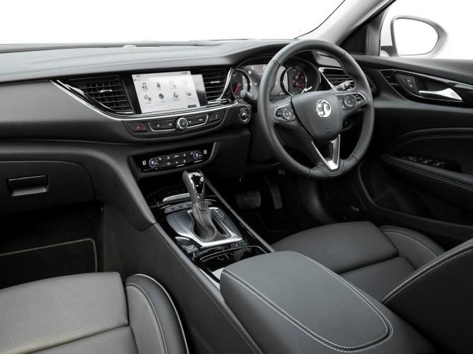 2018 Vauxhall Insignia Country Tourer
