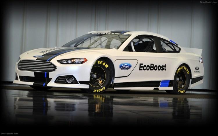 2013 Nascar Ford Fusion Racing Car