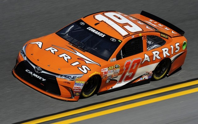 2015 Carl Edwards - Daytona 500 - Toyota Camry