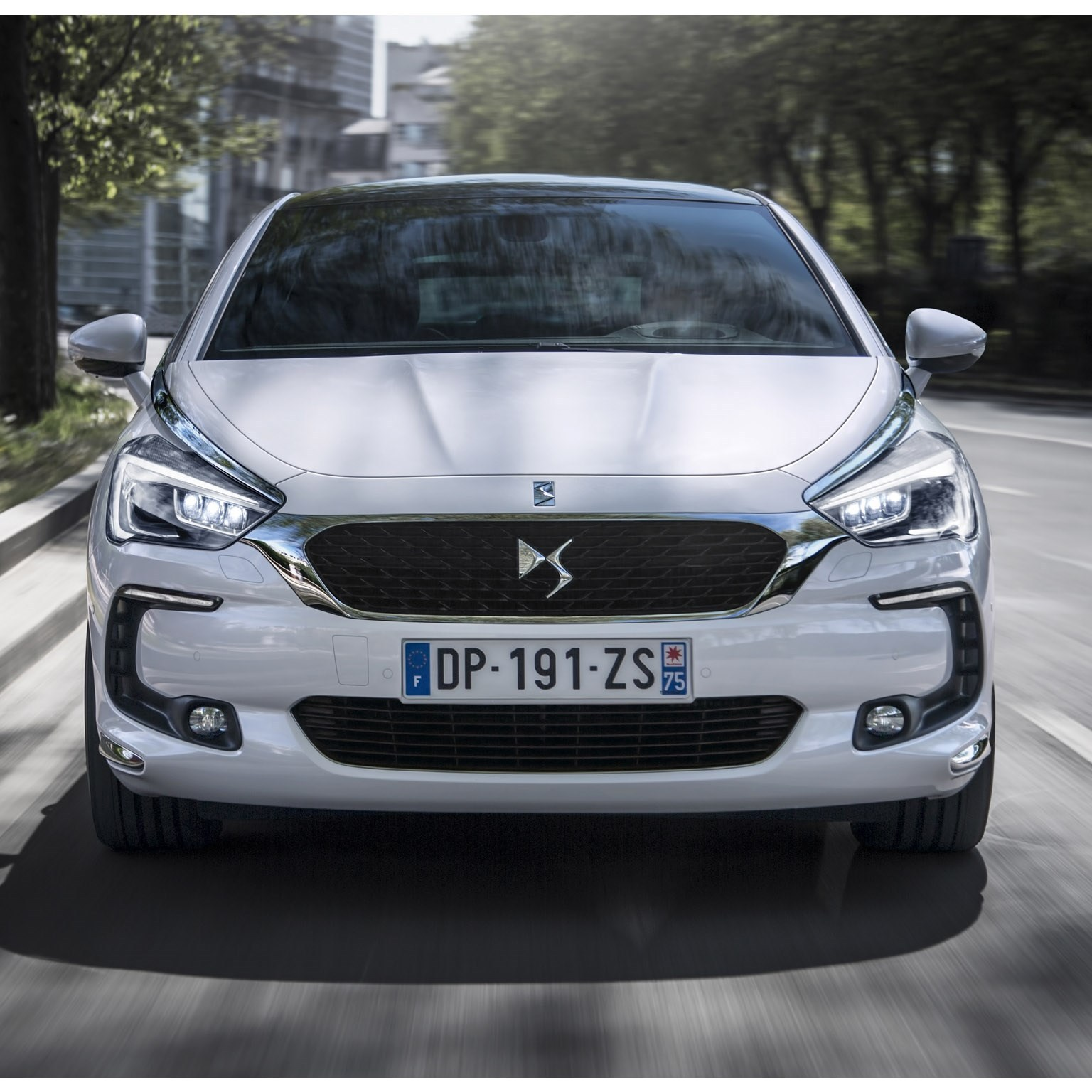 2015 DS5 Hybrid 4x4