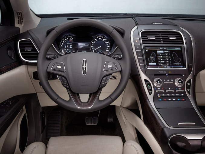 2015 Lincoln MKX Dashboard