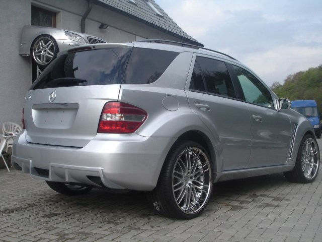 2006 Asma Design Mercedes ML Class Gladiator II