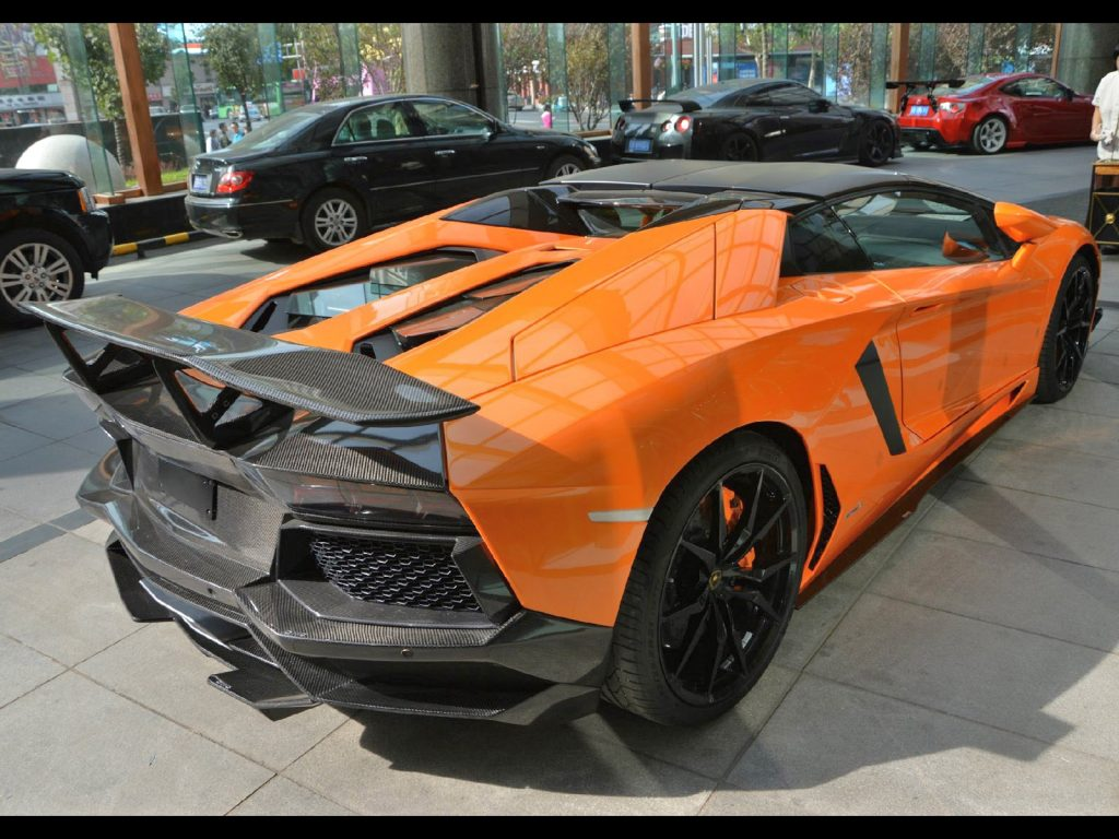 2013 Lamborghini Aventador Roadster SV by DMC Design