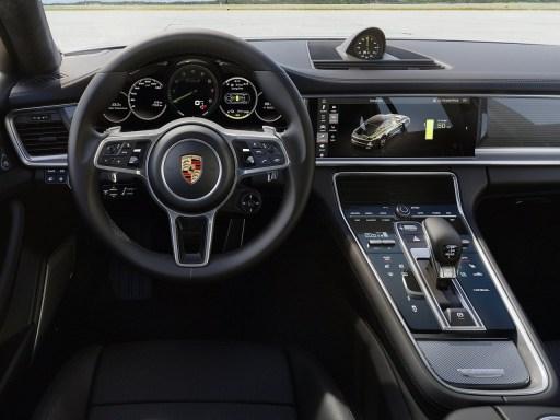 2018 Porsche Panamera Turbo SE Hybrid