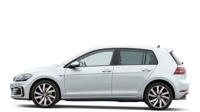 2017 Volkswagen Golf GTE