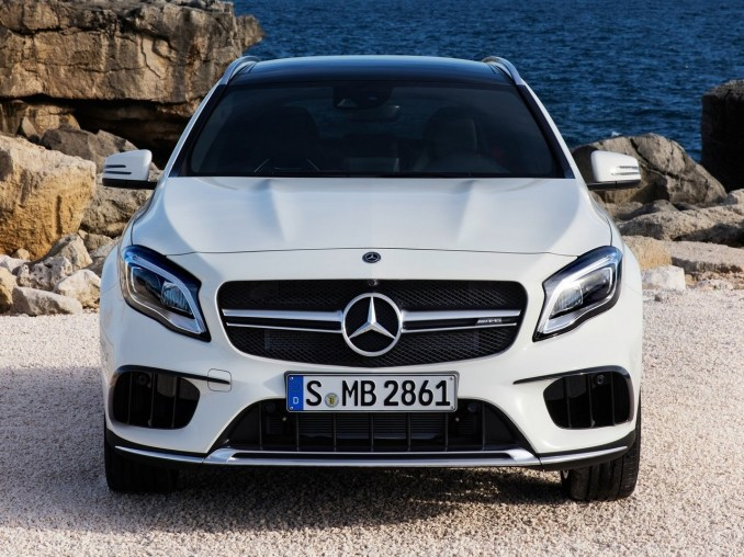 Mercedes Benz GLA 45 AMG 2018