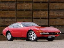 1971-Ferrari-365-GTB4-Daytona-R3