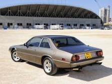 1976-Ferrari-400i-R1