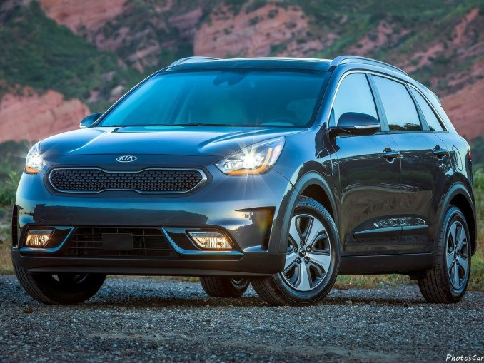 kia niro plug in hybrid 2018 le moteur lectrique est plus puissant photoscar nice cars. Black Bedroom Furniture Sets. Home Design Ideas