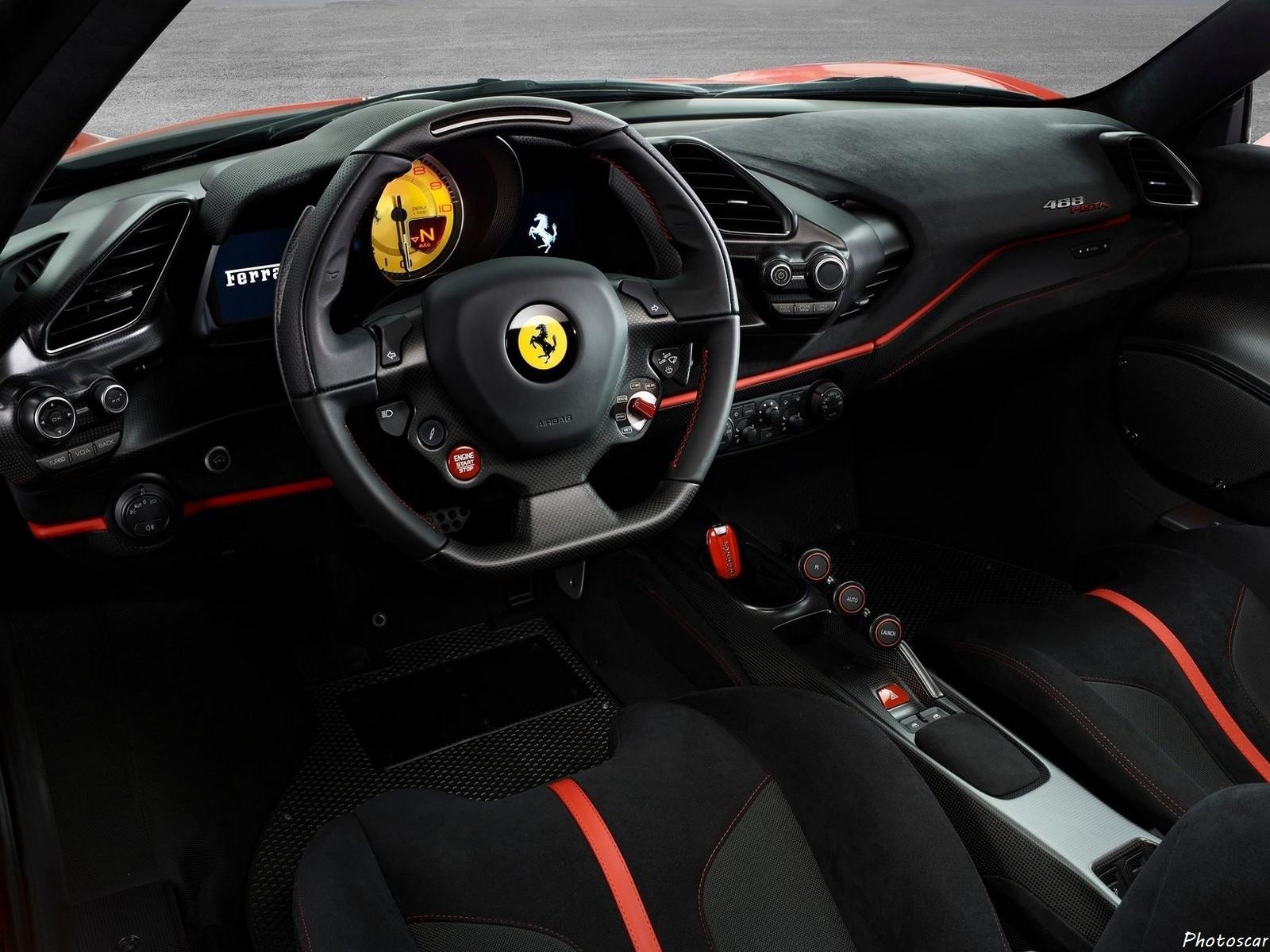 Ferrari_488_Pista 2019
