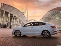 Hyundai i30 Fastback 2018 [07]