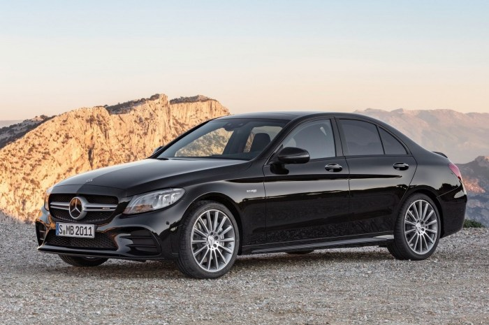 Mercedes-Benz C43 AMG 4Matic 2019: Modifications mineures de style