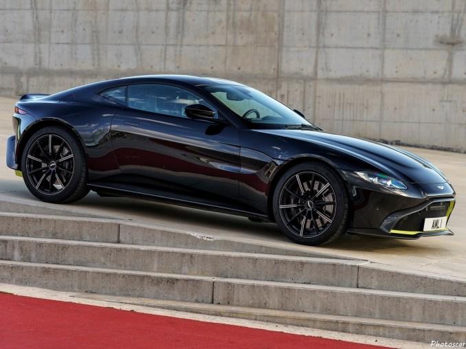 Aston-Martin Vantage Onyx Black 2019