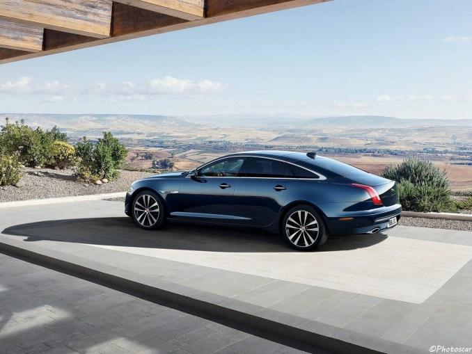 Jaguar XJ50 2019 [04]