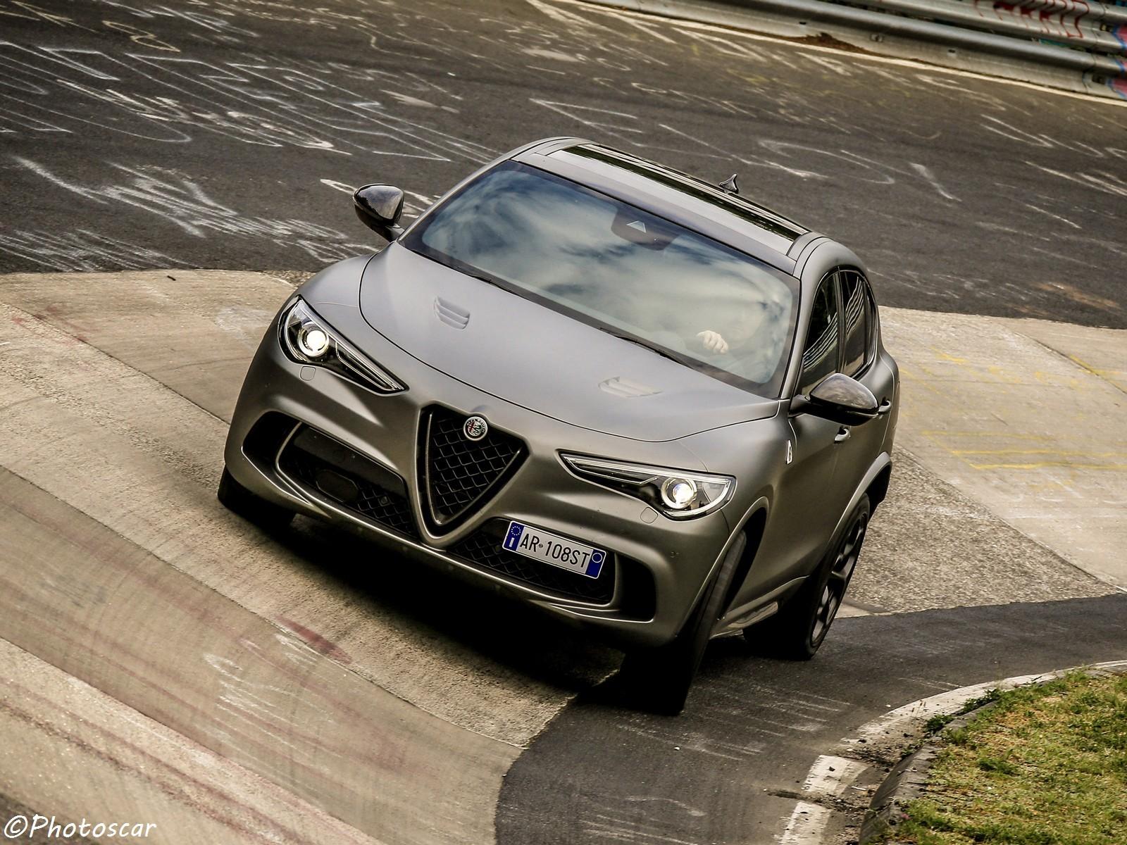 Alfa-Romeo Stelvio Quadrifoglio NRING 2018