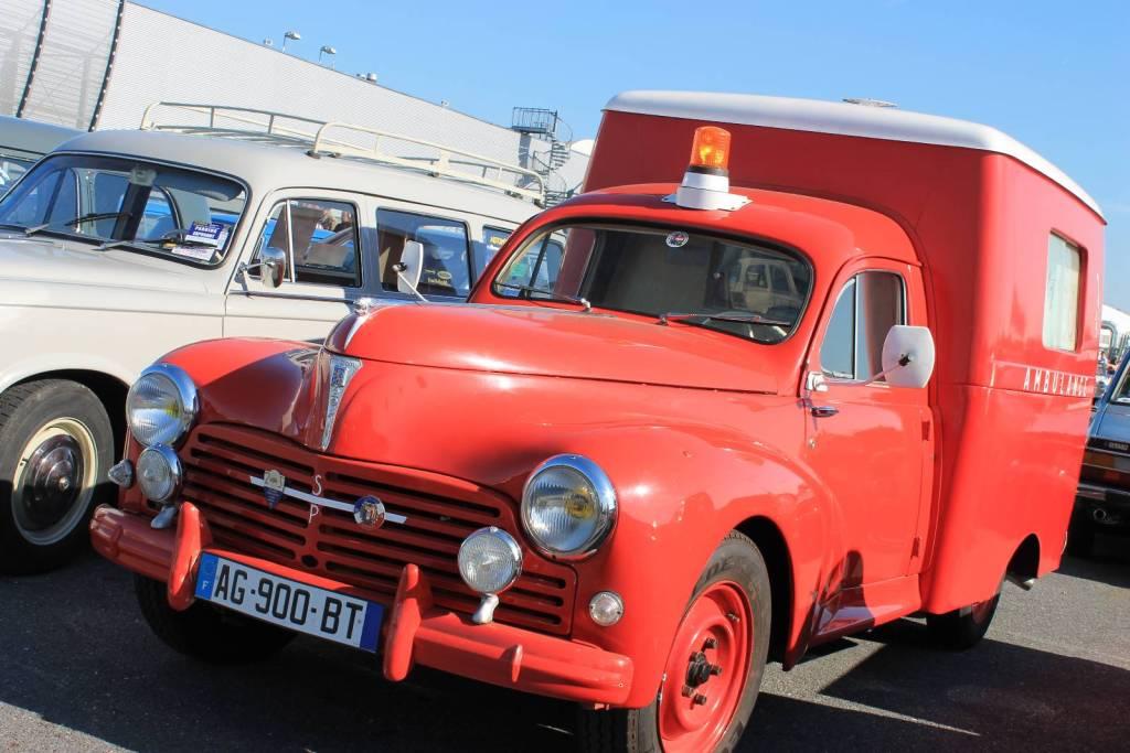 Peugeot 203 Ambulance