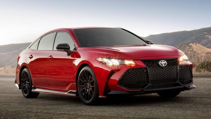 Toyota Avalon TRD 2020 avec des mises à niveau adaptées.