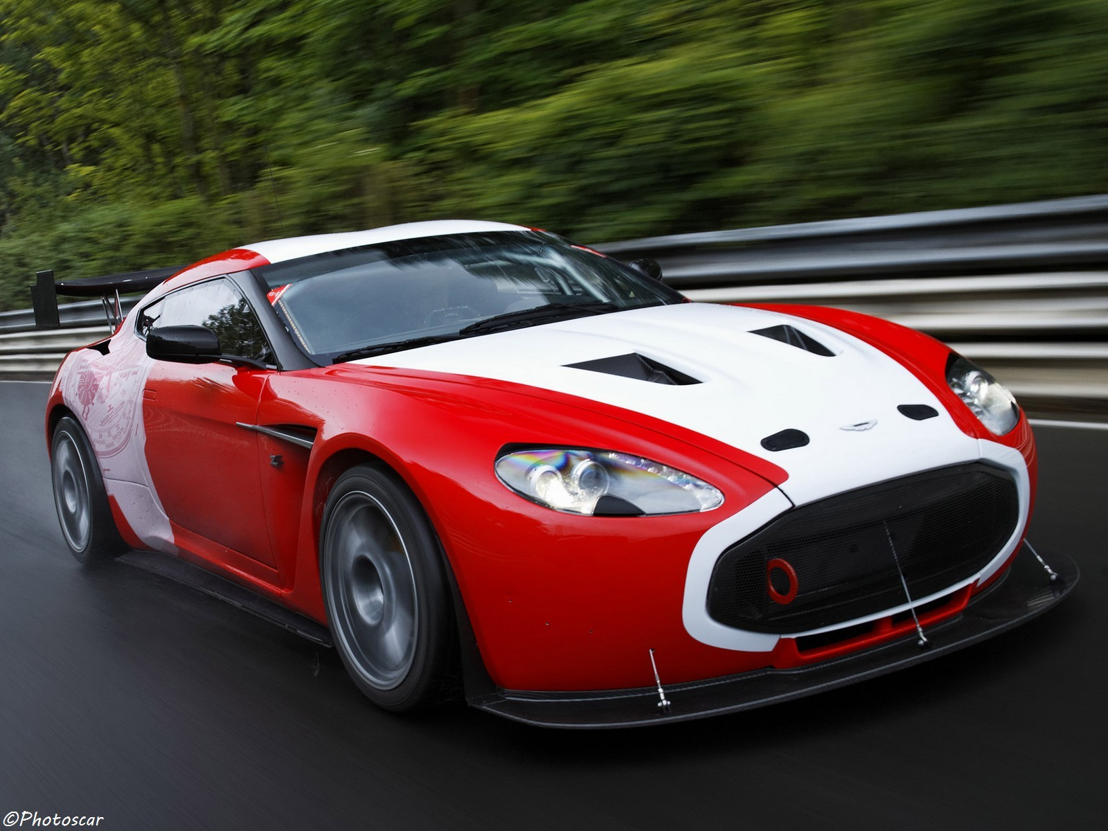 Aston Martin V12 Zagato Race Car 2011
