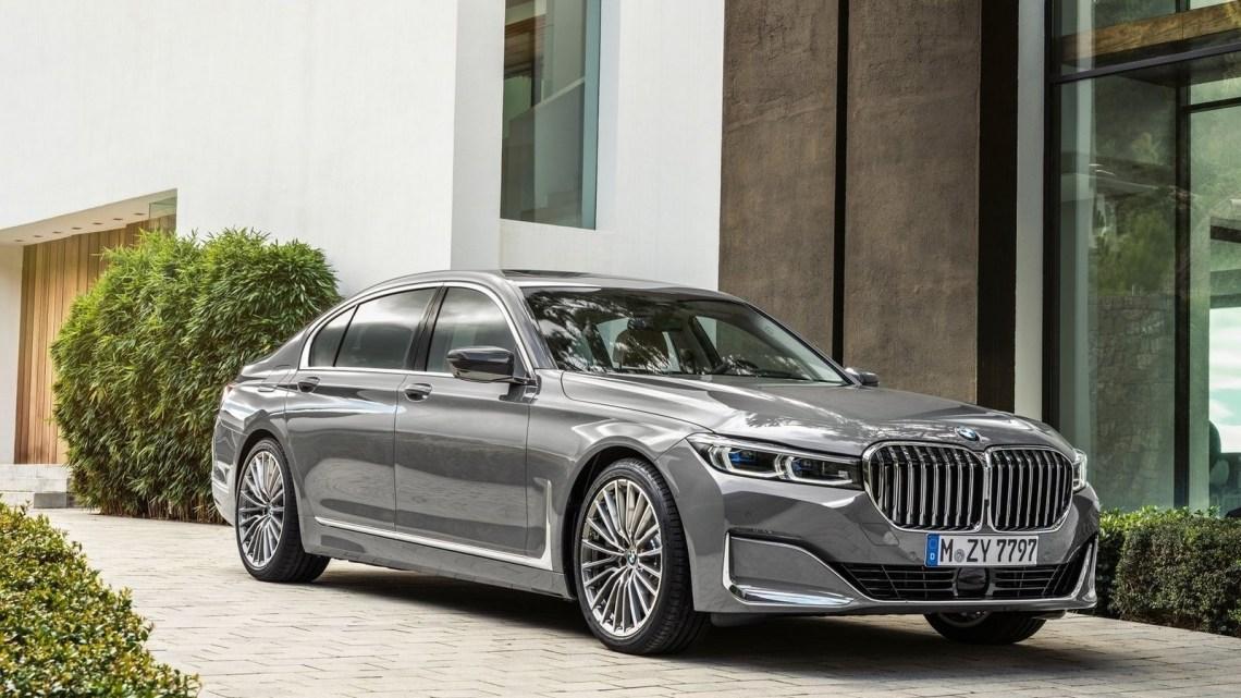 BMW Serie 7 2020 avec une calandre gigantesque et nouveau moteur V8