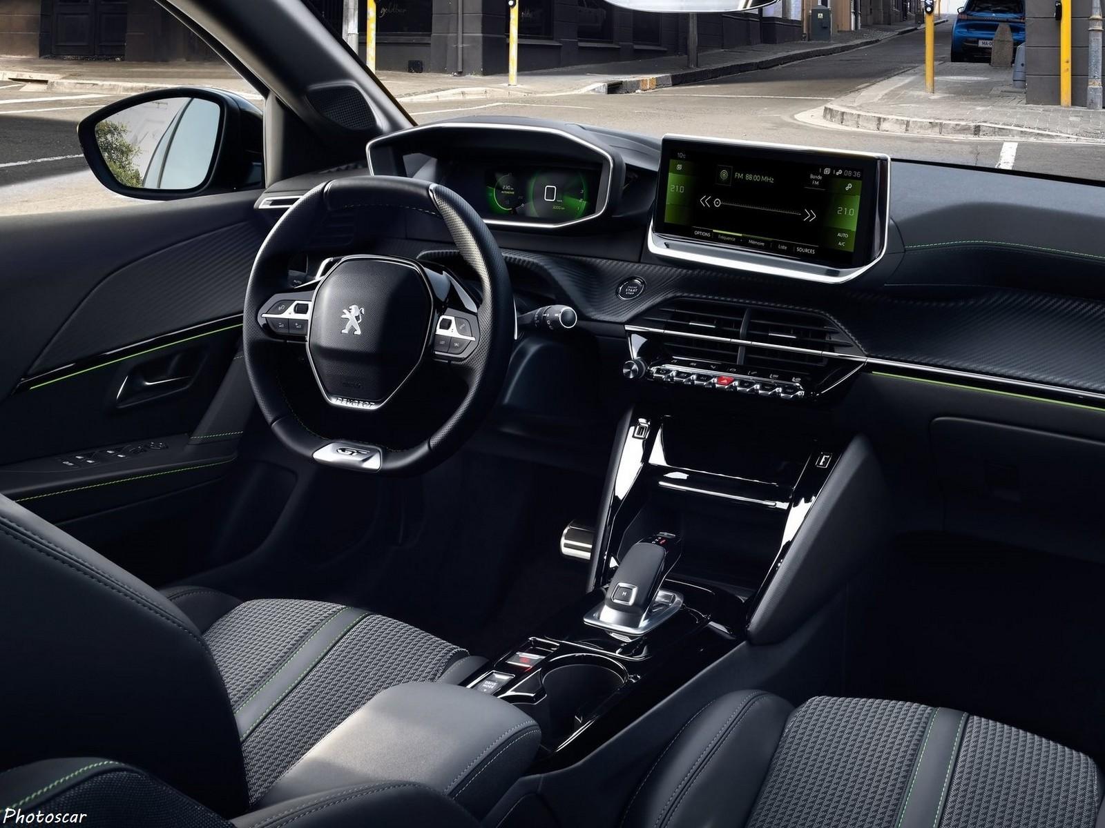Peugeot e-208 2020