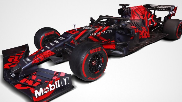 Red Bull Racing RB15 F1 2019 présenté avec le nouveau moteur Honda.