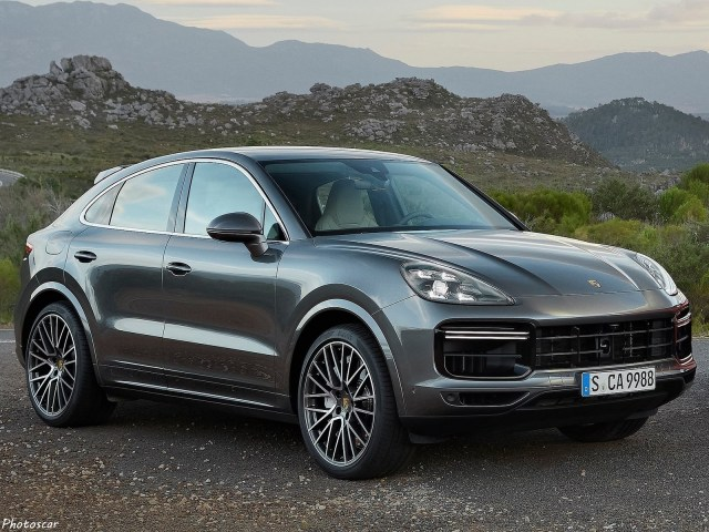 Porsche Cayenne Turbo Coupe 2020