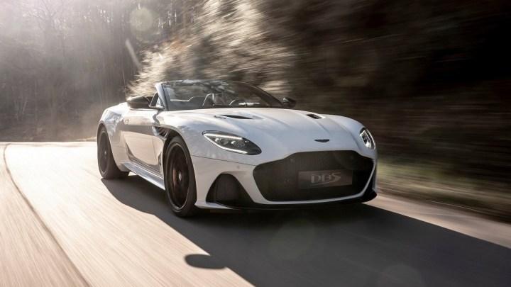 Aston Martin DBS Superleggera Volante 2020 – Élégant et plus agressif