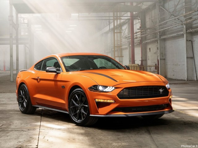 Ford Mustang EcoBoost High Performance Package 2020