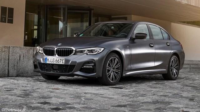 BMW 330e Sedan 2019